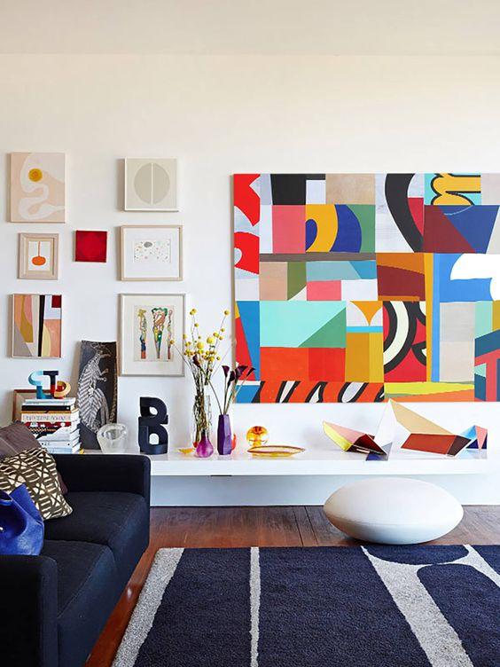 parete-con-quadri